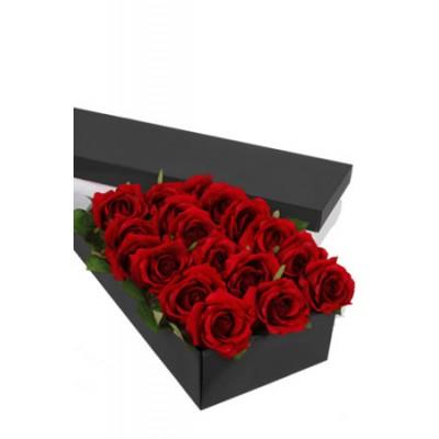 18 Long Stem Premium Rose Presentation Box